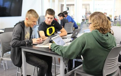Olathe West 21st Century Academies Offer Hands-On Opportunities