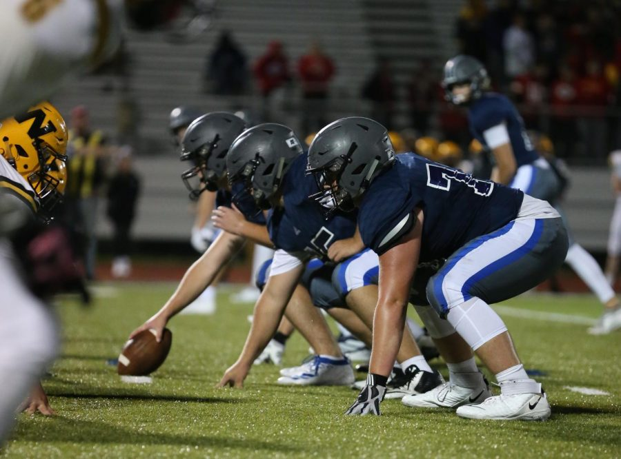 Football Faces Mill Valley in Regional Round of State Playoffs