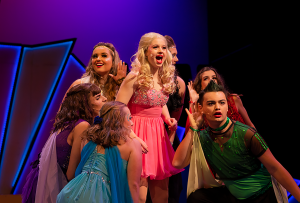 Xanadu Cast and Crew Prepares for Upcoming Show